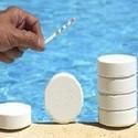 Chemicaliën voor zwembad onderhoud